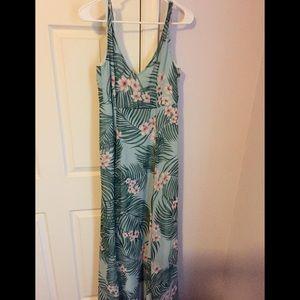 ♡ Show Me Your Mumu maxi dress size M